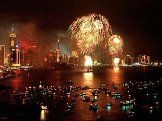 New-year-fireworks-hk
