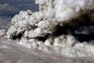 VolcanicEruptionInSouthernIceland_004