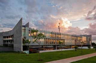 Sebrae-Headquarters-11-537x354